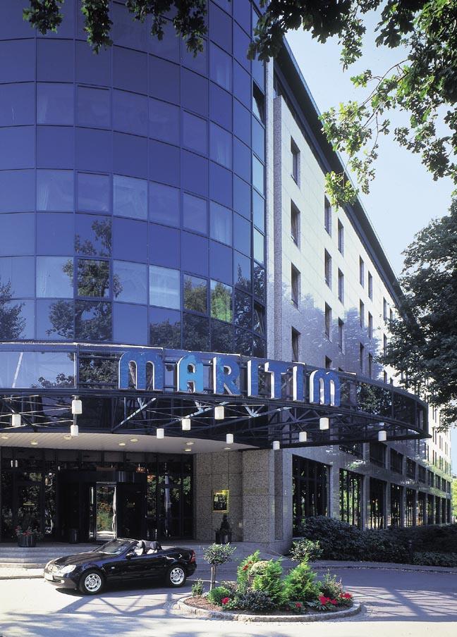 Binnen bremer bar maritim hotel in bremen deutschland for Maritim hotel dortmund